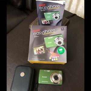 Accessories - Green Kodak easy share camera